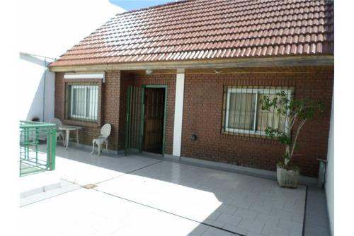 casa 2 pltas 4 amb 224 m2 c/coch quincho playroom