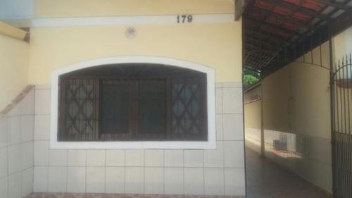 casa 2 qtos suite, cozinha, wc, 2 gar. próx praia r$ 215.mil