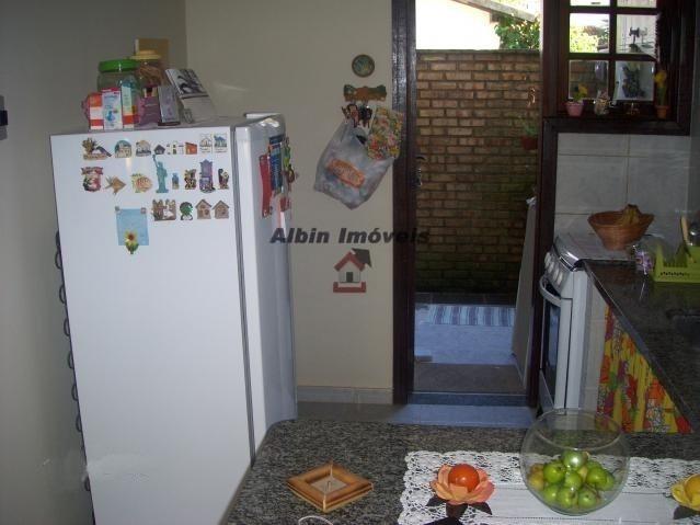 casa 2 qts em  condomínio - itaipu - 6159a