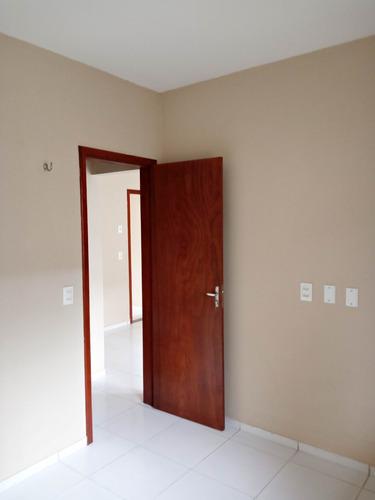casa - 2 quartos e garagem