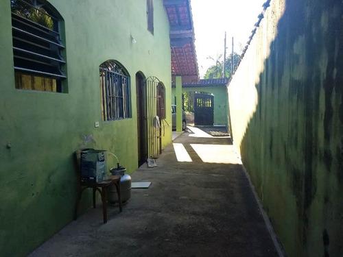 casa 2 quartos, perto de centro comercial, praia de itanhaém