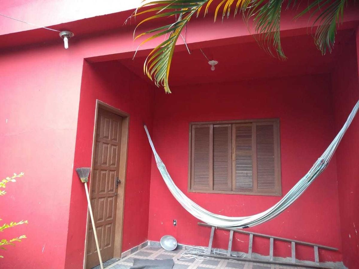 casa 2 quartos sala cozinha e banheiro