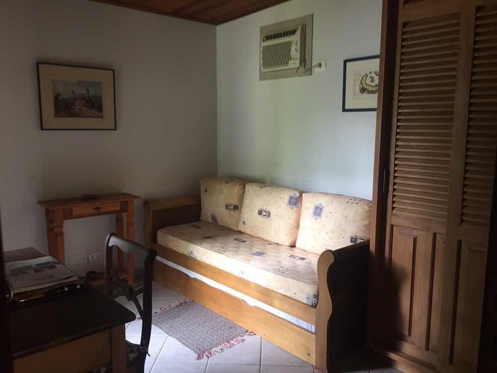 casa 2 suítes com lareira e hidromassagem em ubatuba