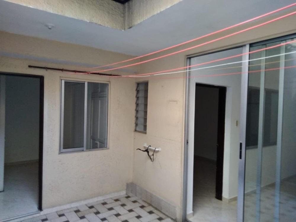 casa 200 m2 en zona comercial los colores