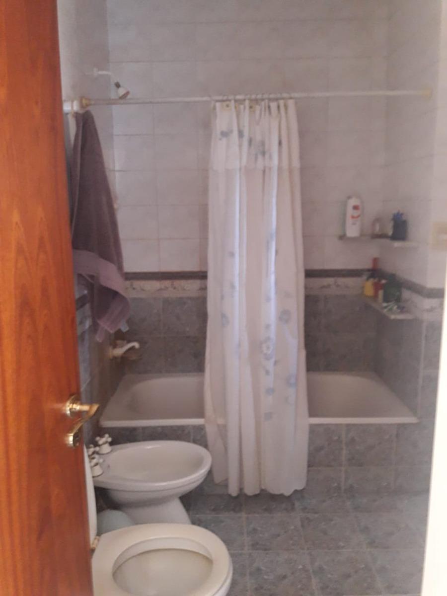 casa · 210 m² · 4 ambientes