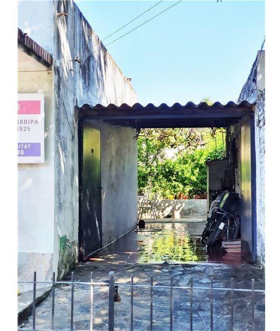 casa 230m terreno a reciclar en san isidro