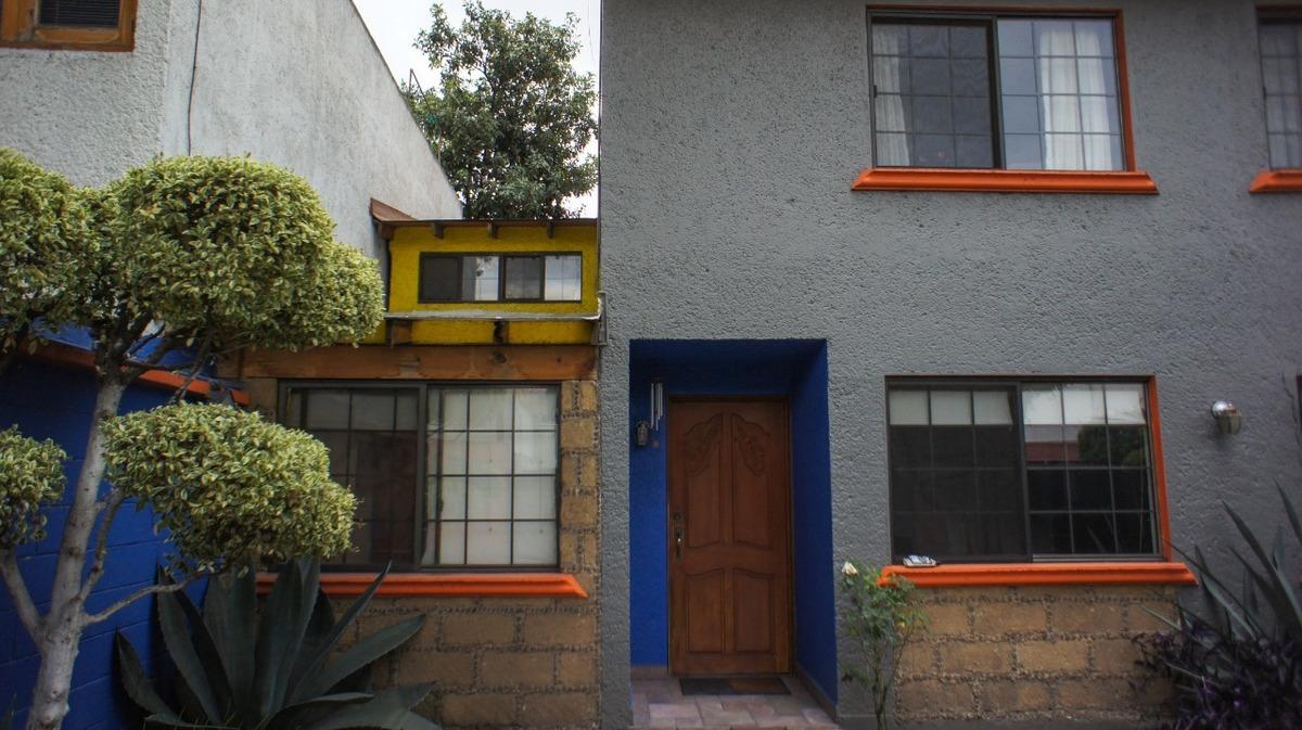 casa 260m² 4 recámaras 3 estacionamientos trato directo