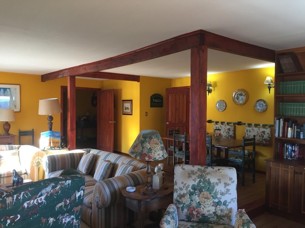 casa 280 m2, 6 dormitorios, 4 baños