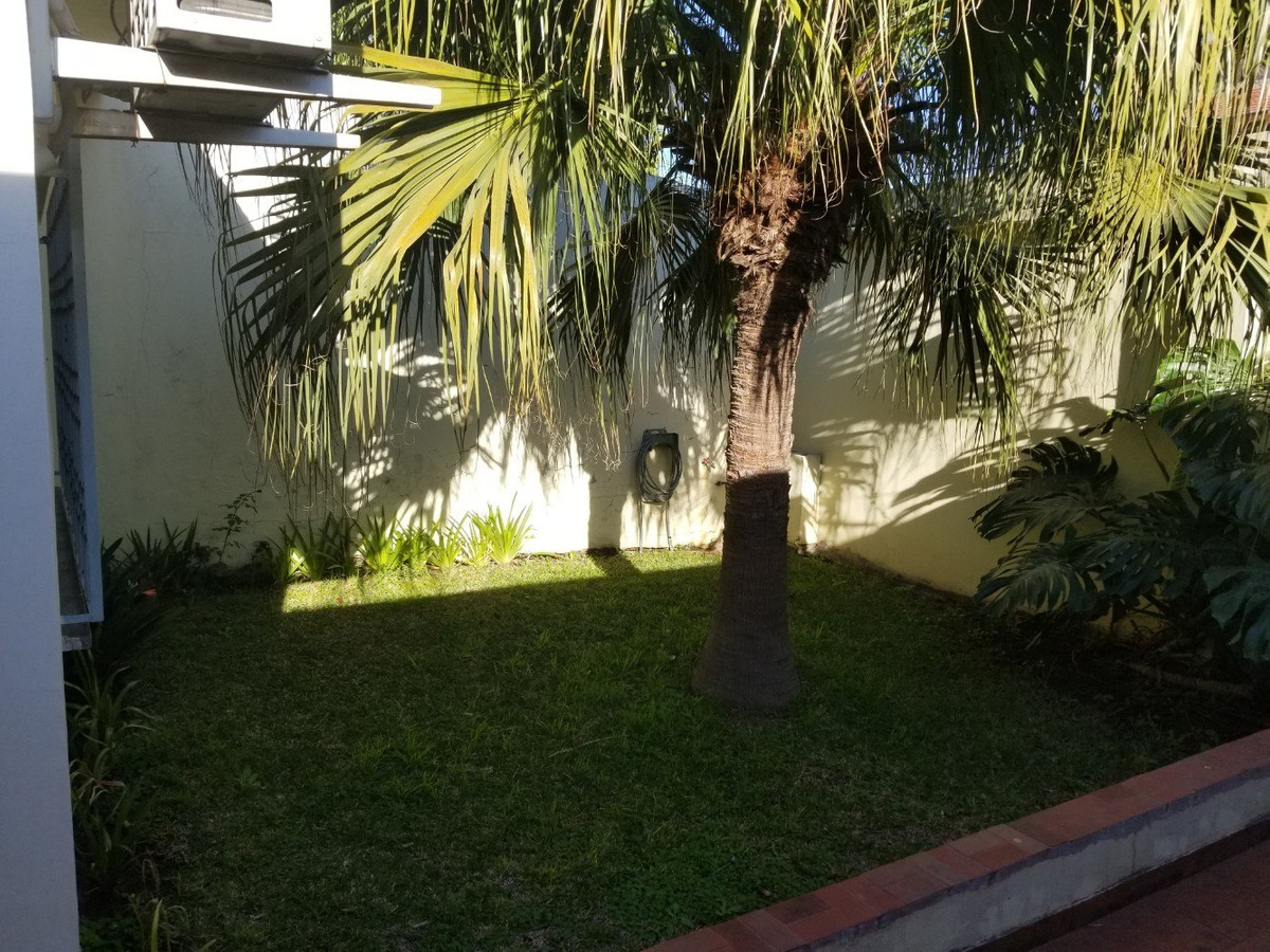 casa | 3 amb | coch | fdo | piscina | quincho | todo pb