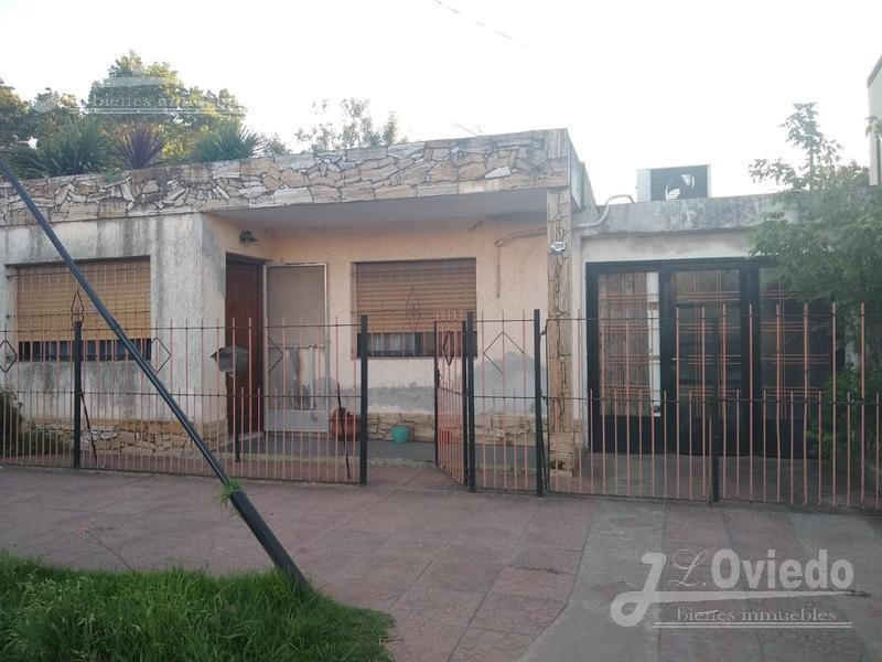 casa 3 amb con cochera zona b°policial ituzaingo of 1593