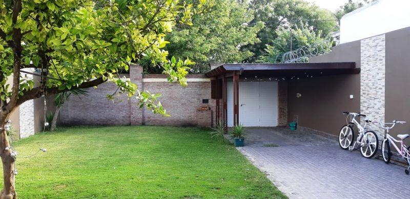 casa 3 amb con gran parque y quincho - pinos de anchorena