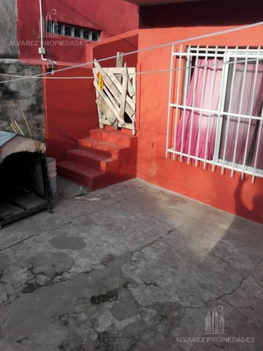 casa 3 amb en lote propio - villa ballester