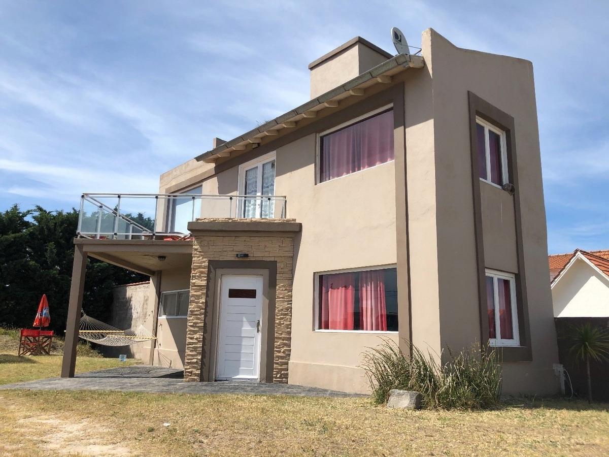 casa 3 amb en venta en rocas negras