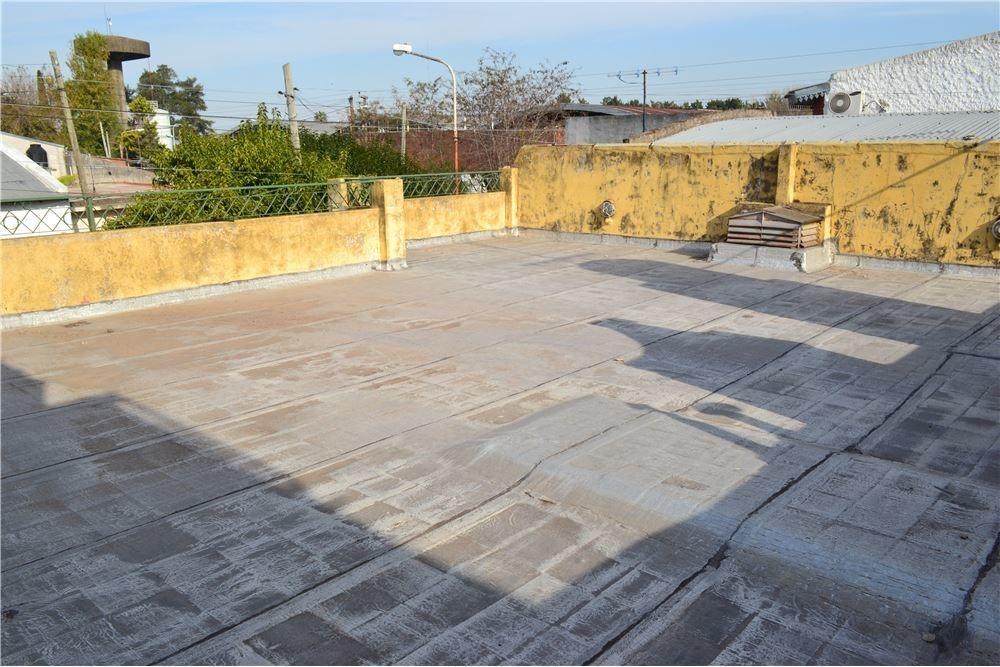 casa 3 amb. garaje patio jardín y terraza