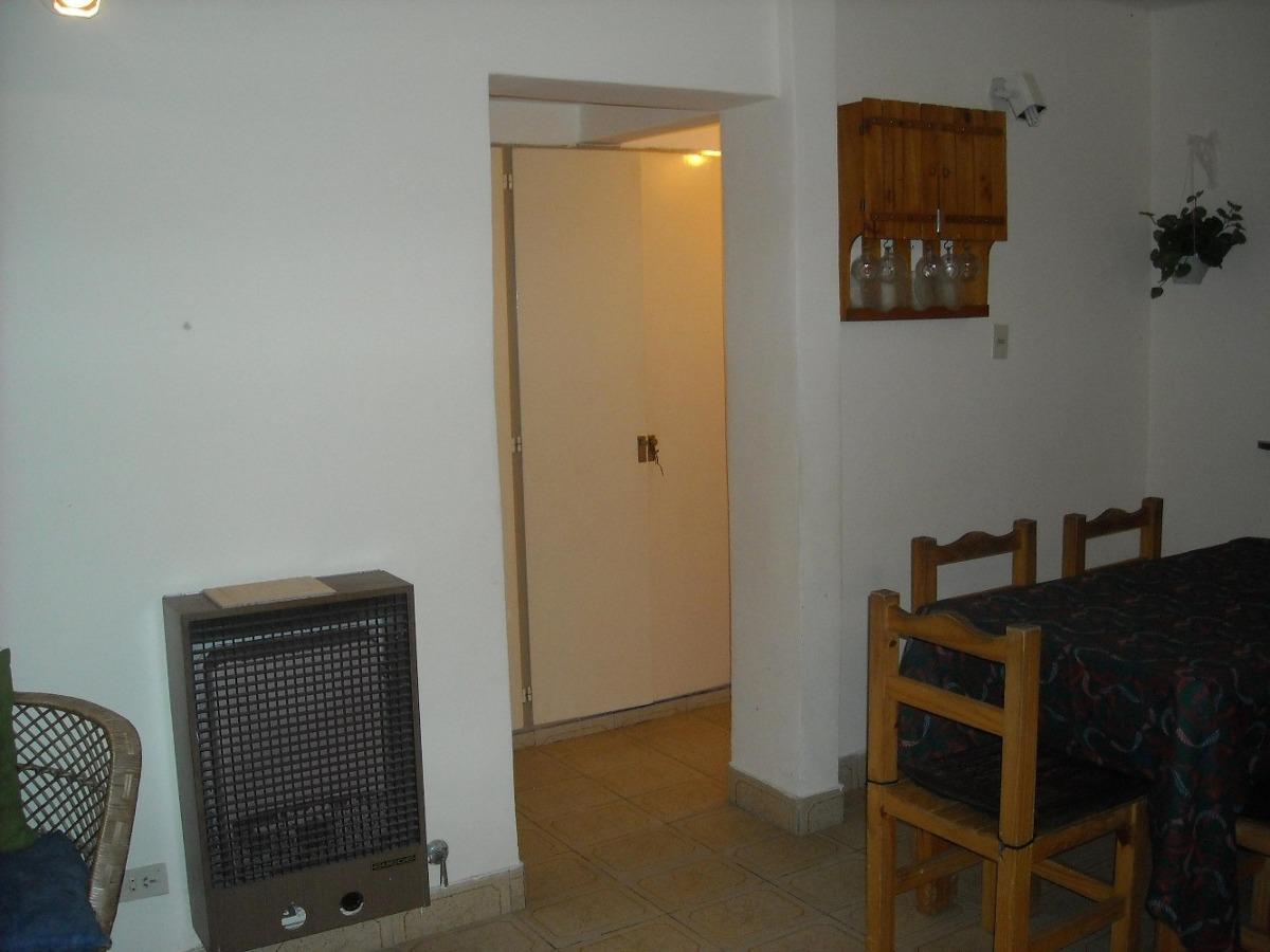 casa 3 amb. garay 300