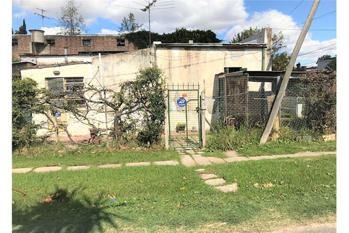 casa 3 amb, jardín, garaje. ph. quilmes.