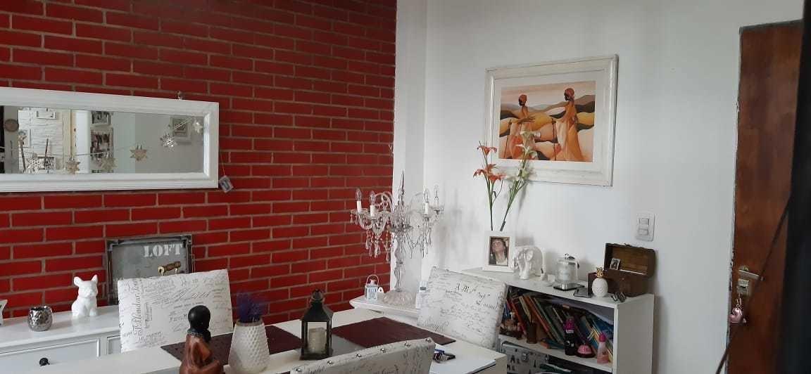casa 3 ambientes; 2 dormitorios. lanus este