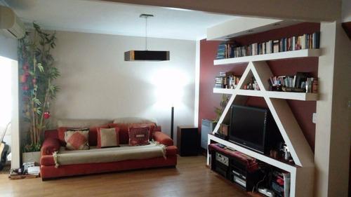 casa 3 ambientes 2 piso p/esc  exc estado