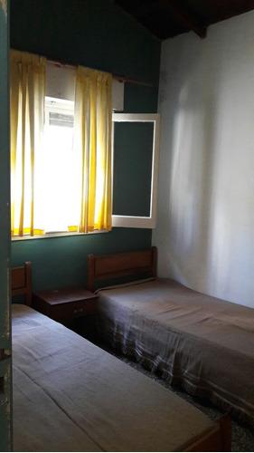 casa 3 ambientes centro !! ideal para descansar....