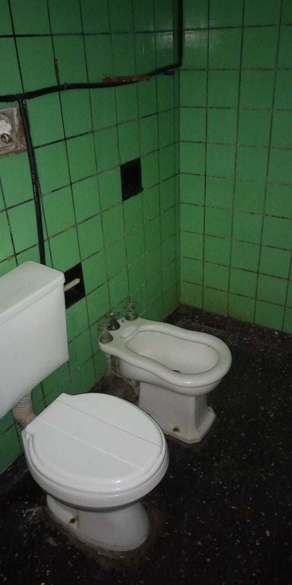 casa 3 ambientes con baño y patio - olimpia 1000