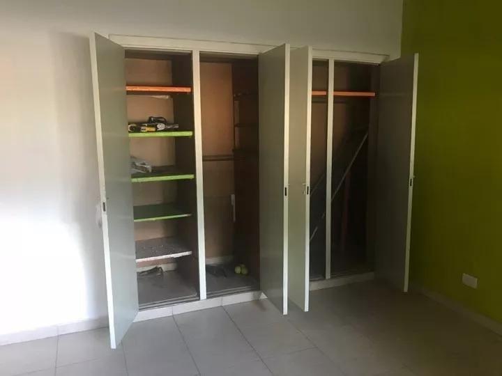 casa 3 ambientes con cocheras