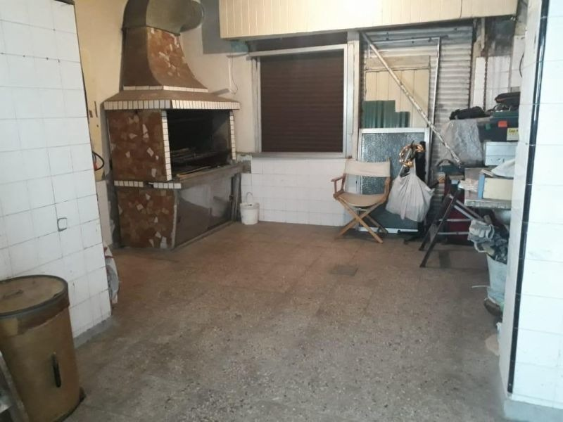 casa 3 ambientes con local en venta