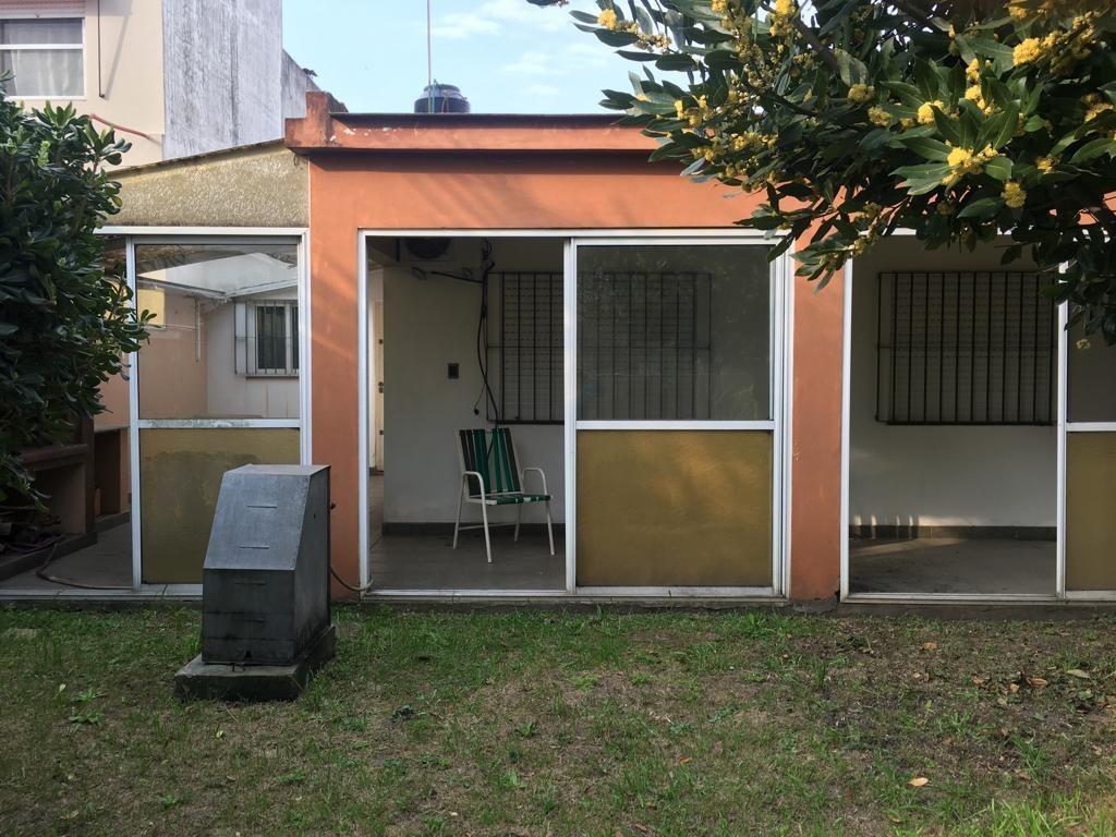 casa 3 ambientes con parrilla en monte grande