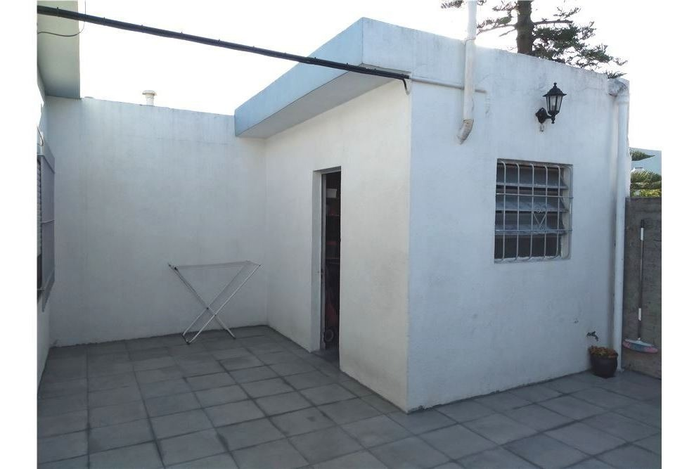 casa 3 ambientes con patio y parrilla