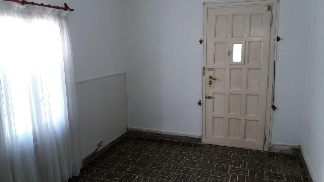 casa 3 ambientes con quincho.