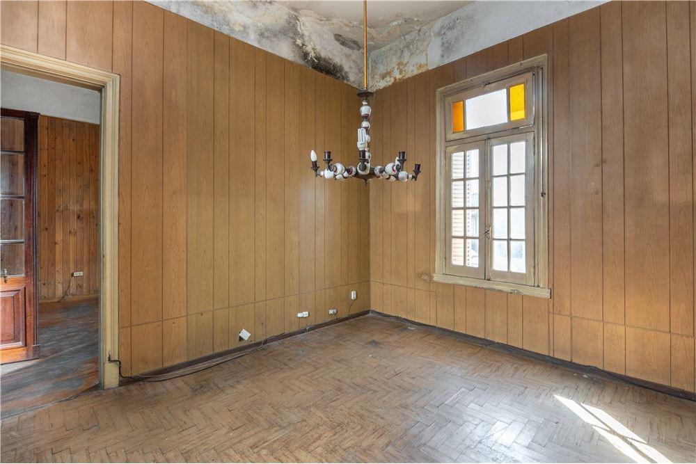 casa 3 ambientes en liniers con cochera