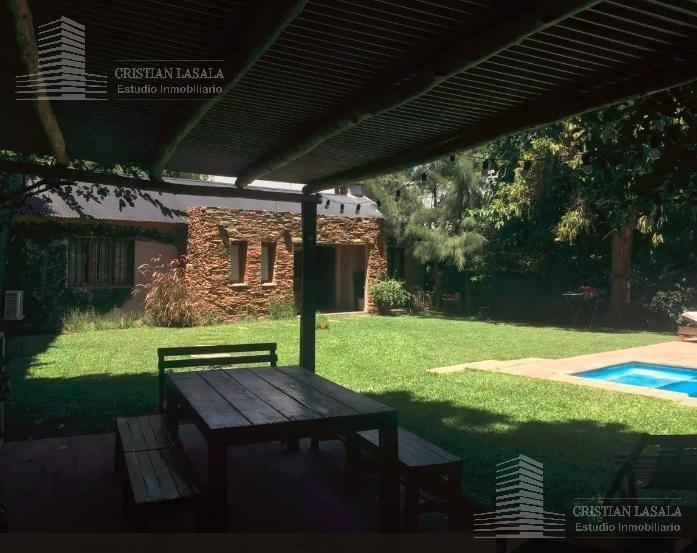 casa 3 ambientes en pb con pileta - villa gobernador udaondo
