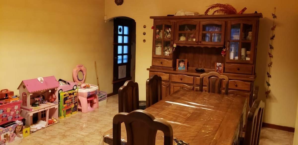 casa 3 ambientes en venta, cochera y parrilla - ituzaingó