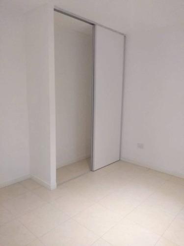 casa 3 ambientes en venta en bº el portal del pilar - pilar
