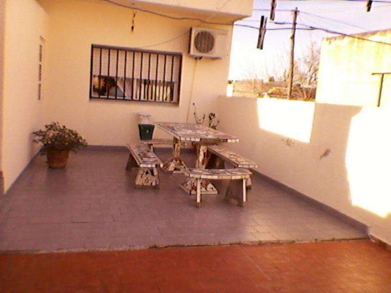 casa 3 ambientes mas locales
