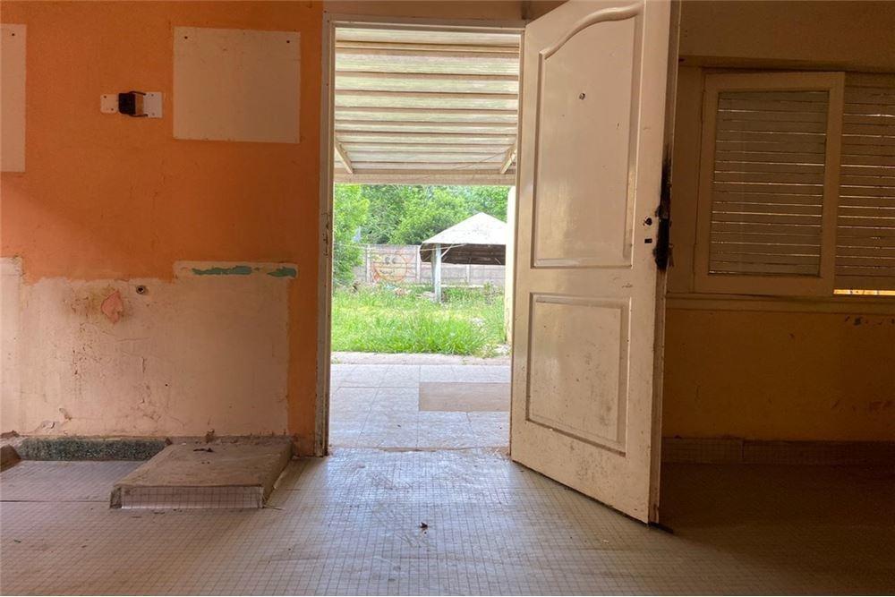 casa 3 ambientes sobre lote propio oportunidad!!