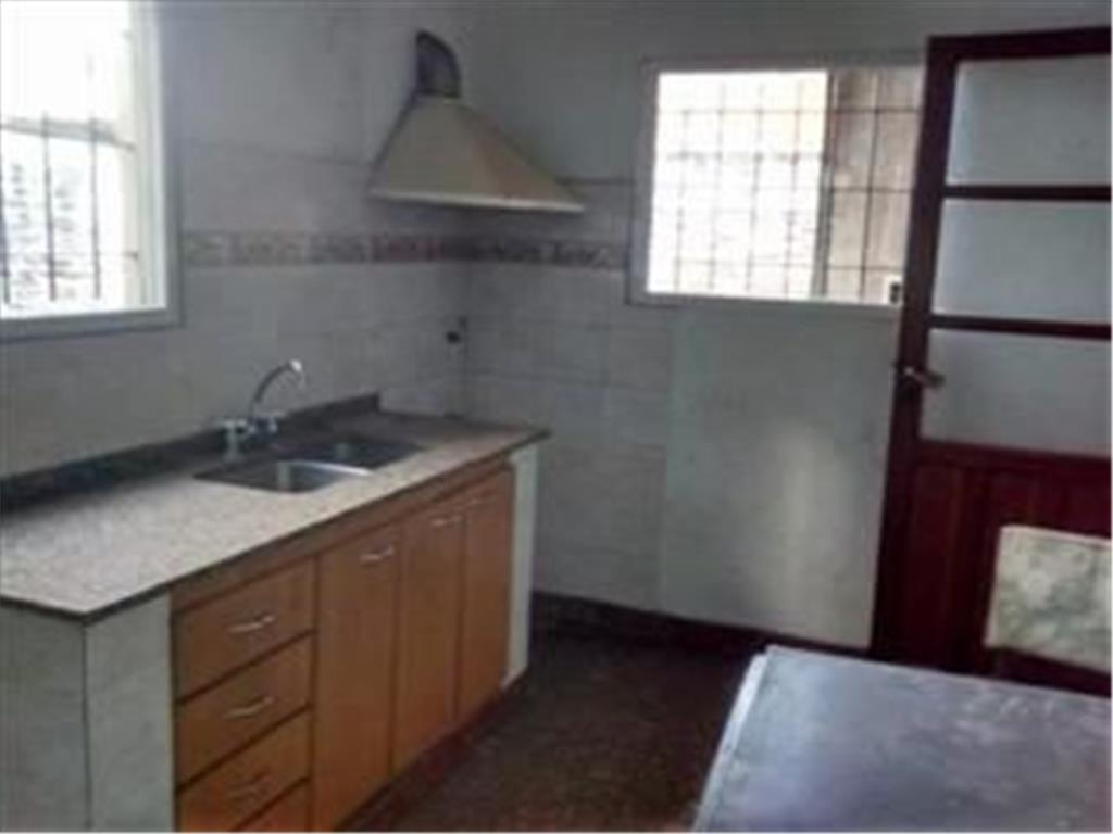 casa 3 ambientes, terreno 10x20, 80 mts eva perón