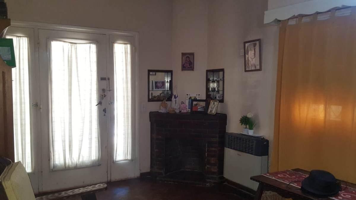 casa 3 ambientes  villa ballester