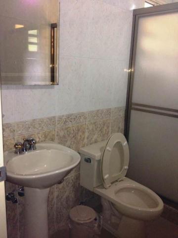 casa 3 ambientes y 6 baños