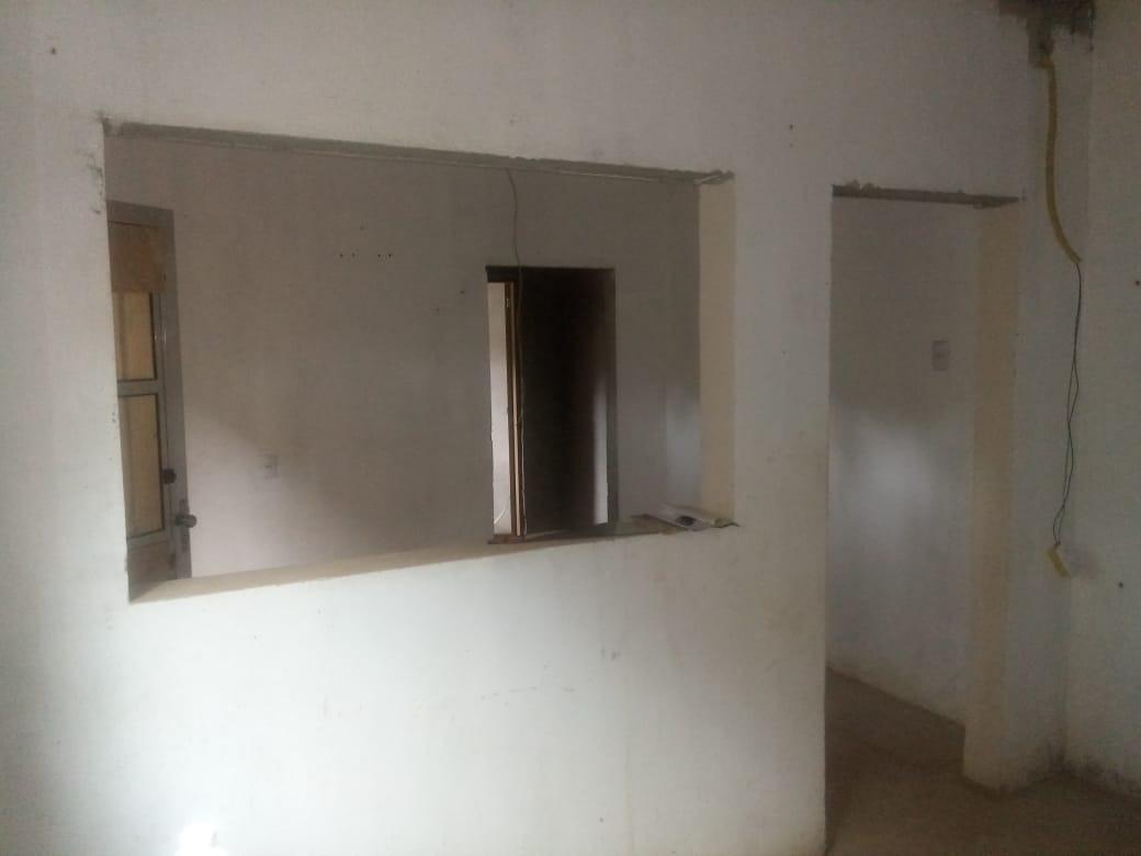 casa 3 cômodo e banheiro