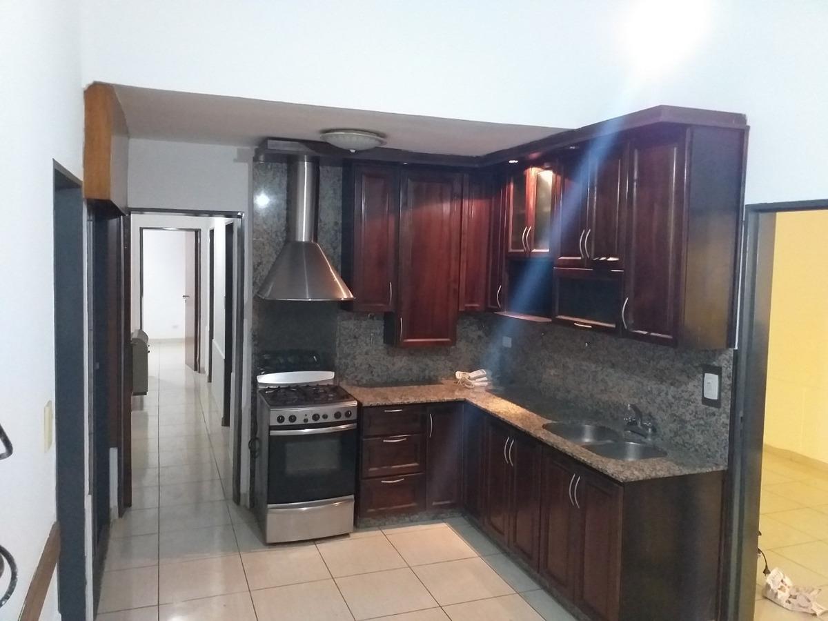 casa 3 dorm 180 m2 cub / 280 m2 terr - marquez de sobremonte