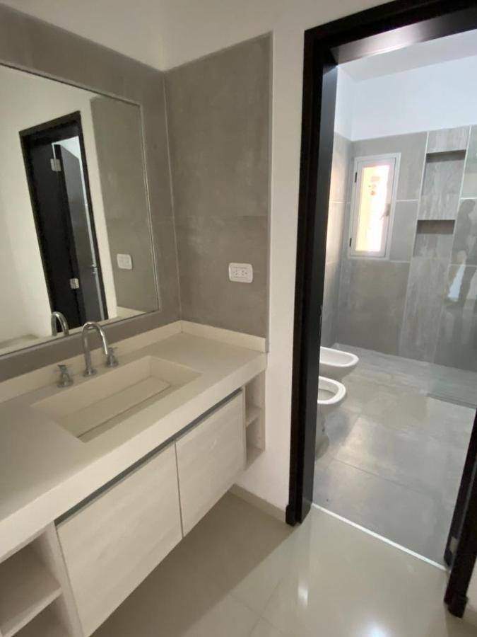 casa 3 dorm 3 baños a estrenar - las cañitas  barrio privado - 250