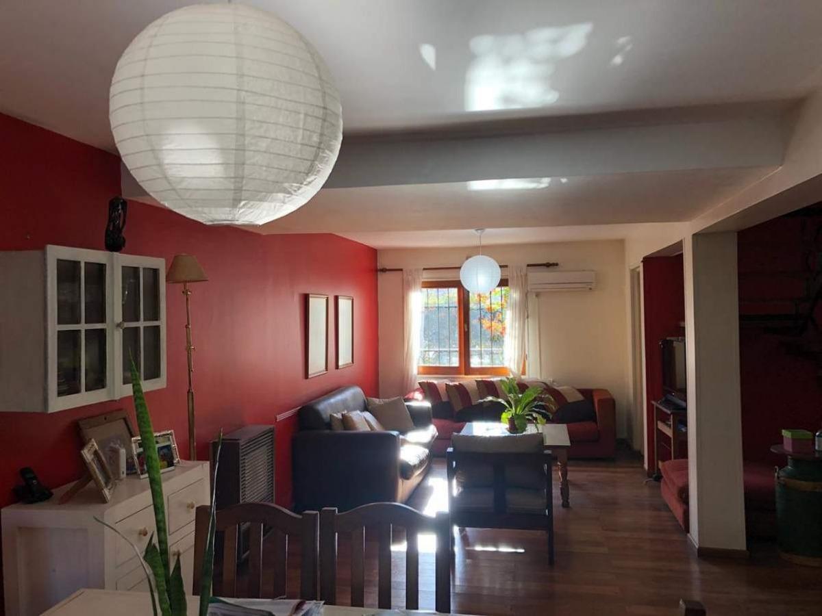 casa 3 dorm c/escritorio (300t - 180mts) con pileta (urca)