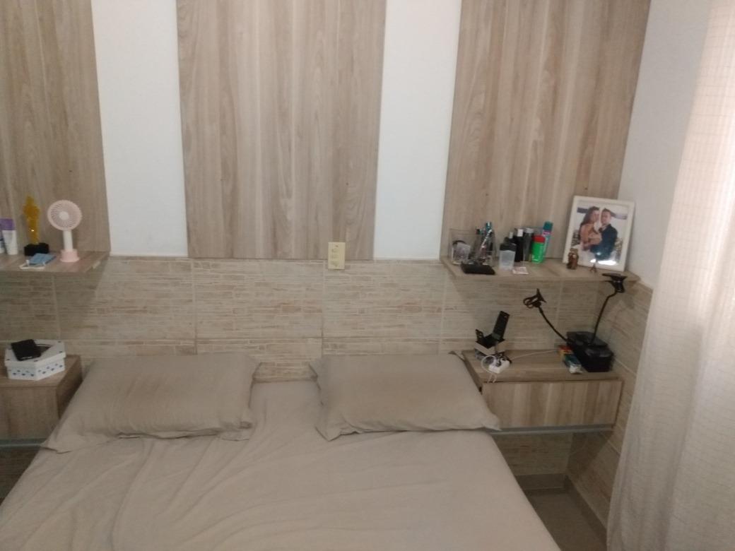 casa 3 dorm. sendo 1 suite com closet, 3 vagas de garagem.