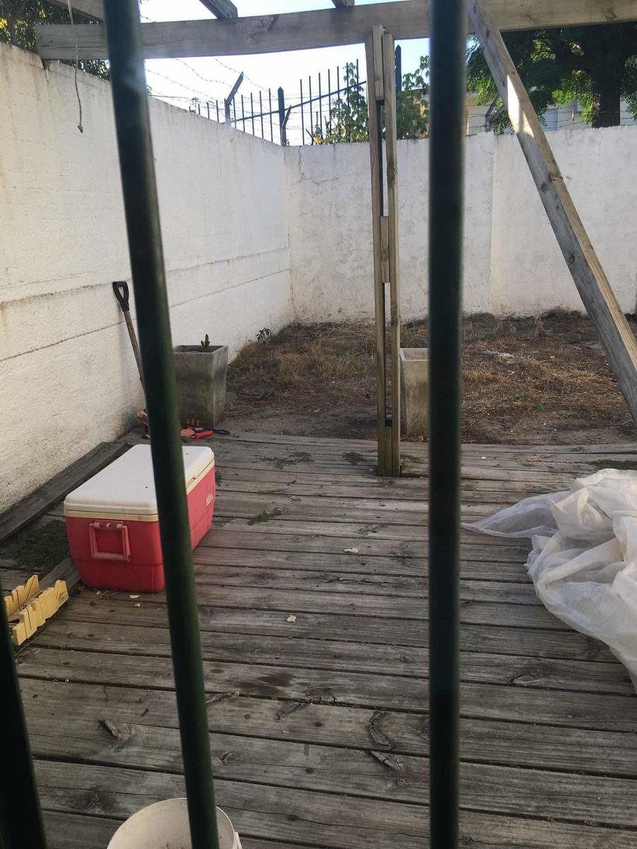 casa 3 dormitorios, 1 baño, terraza y patio