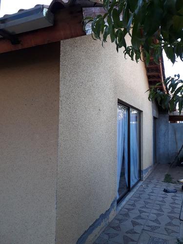 casa 3 dormitorios 2 baños, amplia y de buenas terminaciones