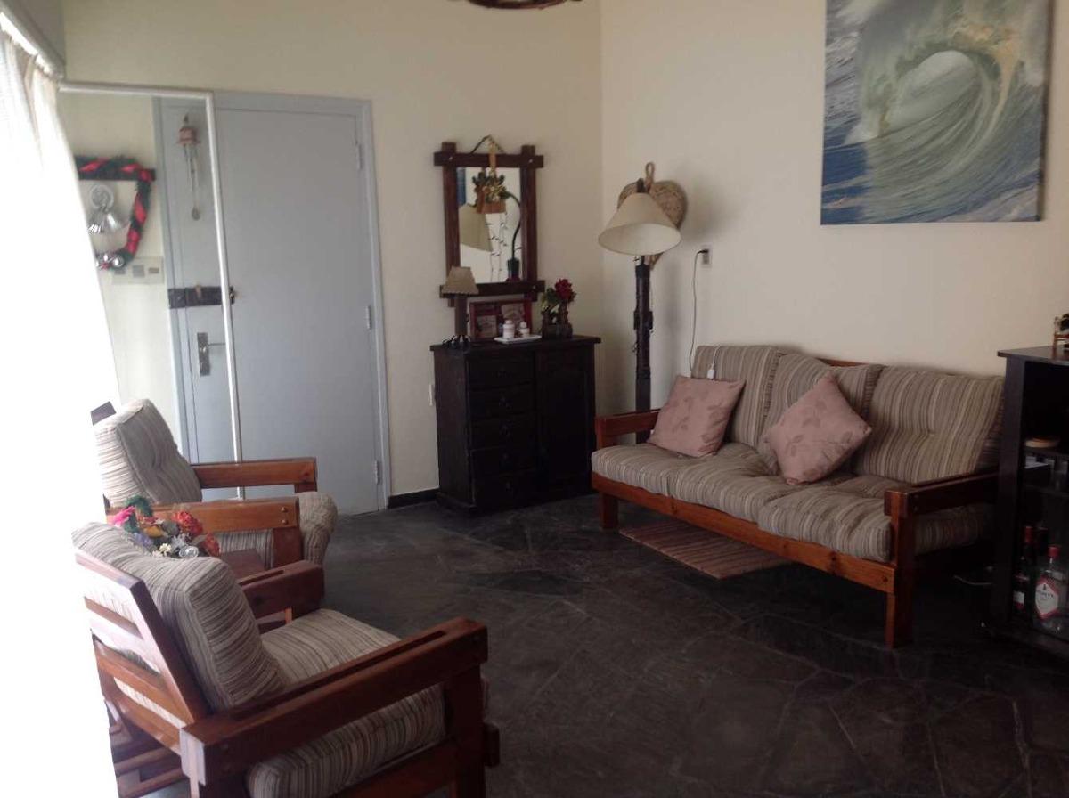 casa 3 dormitorios 2 baños garaje barbacoa techada