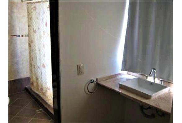 casa 3 dormitorios, 3 baños, con vista al lago!