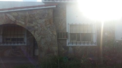 casa 3 dormitorios - av constantini 300 arroyo seco