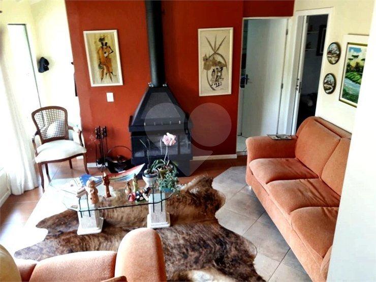 casa 3 dormitórios cercada de muito verde em jurerê tradicional - 29-im381090