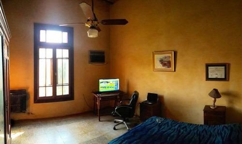 casa 3 dormitorios con cochera y patio - zona norte